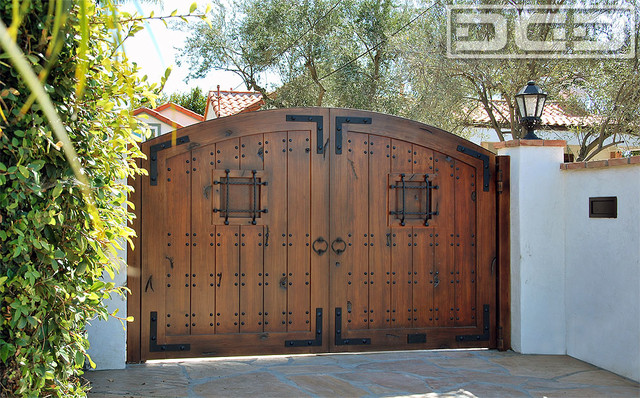 Wooden Gate Design Material Beach Spanish Style Driveway Gate In Eco Friendly Composite Materials . & Gate Doors \u0026 Iron And Wood Gate Pezcame.Com