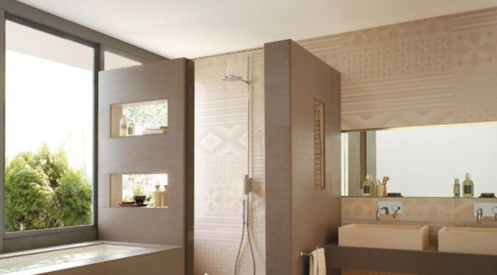 warm-theme-color-of-modern-spa-bathroom