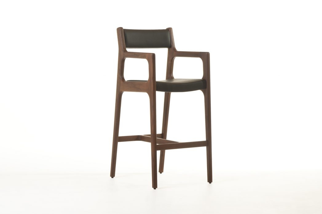 Roundhill Furniture Black Bar Stools With Backs Swivel Bar Stools within Swivels For Bar Stools