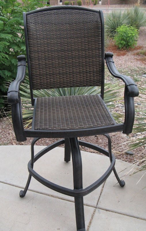 Santa Clara Wicker Swivel Outdoor Bar Stool pertaining to Swivel Outdoor Bar Stools